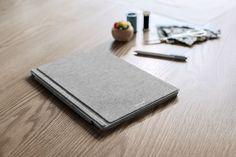 Microsoft lance un Type Cover haut de gamme en Alcantara pour ses Surface Pro 3 et 4 ! Les tablettes Surface Pro 3 et 4 vont avoir un look encore plus premium plus design et plus élégant en effet la firme de Redmond lance dès aujourdhui un tout nouveau Ty