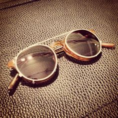 Custom made sun clip for an Oliver Peoples O'Malley.