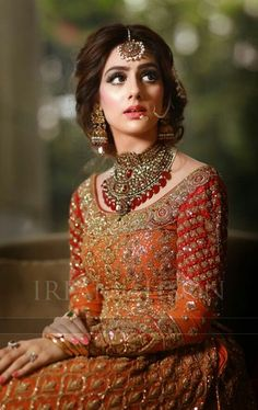 All Ethnic Customization with Hand Embroidery & beautiful Zardosi Art by Expert & Experienced Artist That reflect in Blouse , Lehenga & Sarees Designer creativity that will sunshine You & your Party Worldwide Delivery. Asian Wedding Dress, Pakistani Wedding Outfits, Asian Bridal, Pakistani Wedding Dresses, Bridal Outfits, Indian Dresses, Pakistani Bridal Hairstyles, Pakistani Bridal Makeup, Pakistan Bride