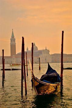 Sunrise, Sunset- City Photos at the Golden Hour ( Sunrise light in #Venice) via @Lonelyplanet