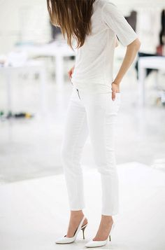 White tee, white jeans, white shoes.
