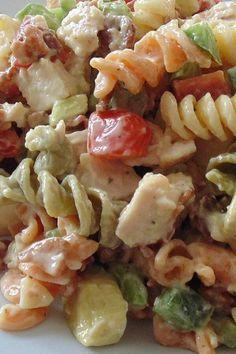 Pasta Salad Recipes, Healthy Salad Recipes, Lunch Recipes, Healthy Dishes, Drink Recipes, Healthy Meals, Healthy Food, Chicken Club, Chicken Pasta
