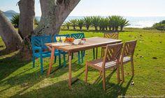 Mesa retangular com cadeiras em madeira maciça para o Jardim. Clique na imagem para saber mais.