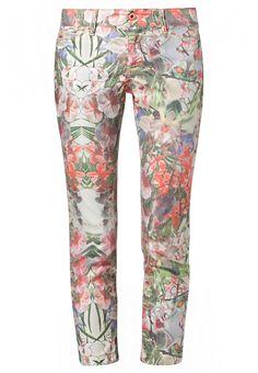 Jeans by MAC @ Zalando ❤ Flowers