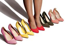 5 Shoes Cosmo Loves That Go With Everything! http://www.cosmopolitan.in/fashion/news/a7039/5-shoes-cosmo-loves-that-go-with-everything/ #Pumps #INTOTOs #BlushPink #Pink