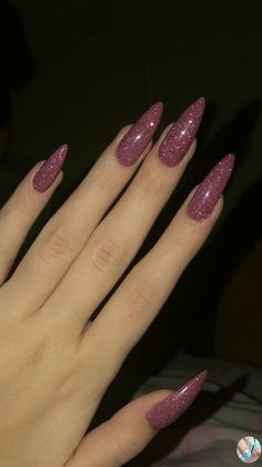 35 charming and beautiful purple nail designs charming purple nail designs How to apply nail polish? Nail polish in your friend's nails looks perfect, neve Plum Nails, Aycrlic Nails, Hair And Nails, Coffin Nails, Matte Nails, Purple Nails With Glitter, Pink Sparkle Nails, Nike Nails, Burgendy Nails