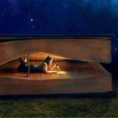 Reading at NiGht. Surrealism Photography, Conceptual Photography, Creative Photography, Fine Art Photography, Experimental Photography, Exposure Photography, Water Photography, Abstract Photography, Trucage Photo