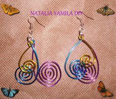 Pendientes / aros artesanales de alambre de aluminio MULTICOLOR. aros aretes pendientes caravanas . Handmade wire earrings