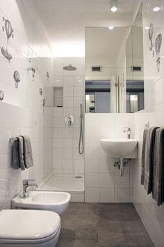 Sfoglia le immagini di Bagno in stile in stile Minimalista di All in one. Lasciati ispirare dalle nostre immagini per trovare l'idea perfetta per la tua casa.
