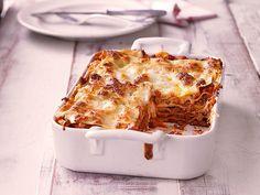 Lasagne, ein sehr schönes Rezept aus der Kategorie Italien. Bewertungen: 2.458. Durchschnitt: Ø 4,6.