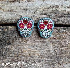 Dia de los Muertos Floral Sugar Skull Post Earrings by PrettyInInkJewelry on Etsy https://www.etsy.com/listing/74561699/dia-de-los-muertos-floral-sugar-skull