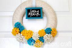 Destination: Craft: Spring Chalkboard Wreath & GlitzBandz Winners!