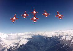 Patrouille Suisse by Caspar Hediger