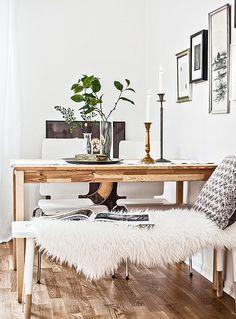 inspiration for use of shearling - draped across furniture Interior Design Trends, Interior Inspiration, Interior Decorating, Design Ideas, Style At Home, Photo Deco, Ideas Para Organizar, Dining Nook, Sweet Home