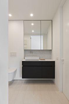 Ideas Bathroom Sink Storage Unit Floating Vanity For 2019 Bathroom Sink Storage, Bathroom Mirror Cabinet, Mirror Cabinets, Bathroom Renos, Bathroom Interior, Modern Bathroom, Small Bathroom, Interior Paint, Mirror Vanity