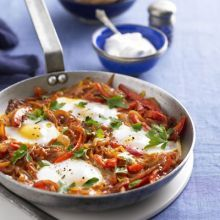 Turkish one-pan eggs & peppers (Menemen)