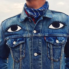 Boho Eyes inspired patch illustration design inspiration for custom jean jacket design idea Painted Denim Jacket, Painted Jeans, Hand Painted, Looks Style, Looks Cool, Denim Fashion, Look Fashion, Estilo Denim, Mode Style