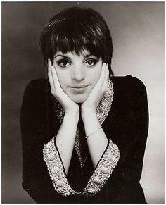 """LIZA MINELLI (1972) por """"Cabaret""""."""