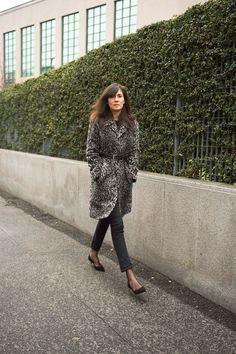 Emmanuelle Alt- mes escarpins Prada en daim