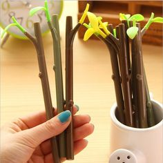 "/""Cute Snail/"" Pack of 4 Black Ink Pens Cute Gel Pen Study Ball Point Pens Set"