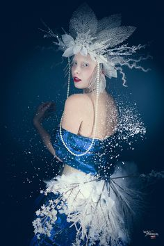 Snow Queen, Ice Queen, Headdress, Headpiece, Frost, Disney Characters, Fictional Characters, Photoshoot, Poses