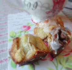 The English Kitchen: *Cinnamon Butter Buns*