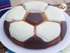 Receta Postre : Bizcocho balón de fútbol por Petitchef_oficial