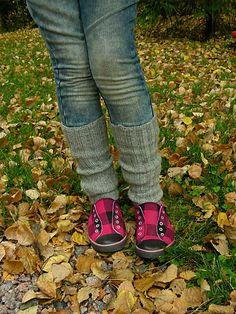 Siskoneule: Helppo ohje säärystimiin Knitting Projects, Knitting Designs, Tejidos, Crocheting