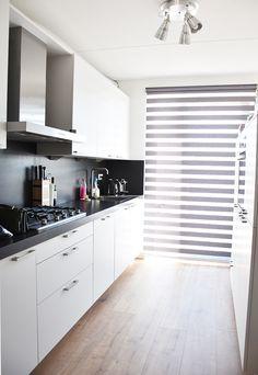 home-tour-mint-inspiration-irene-van-guin-design-interior-interieur-blog-dutch-rotterdam-keuken-wit-kitchen