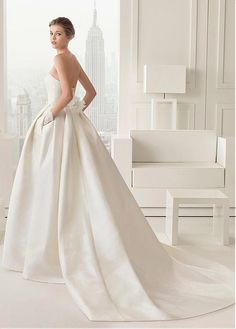 Chic Satin Strapless Neckline Natural Waistline Ball Gown Wedding Dress With Lace Appliques