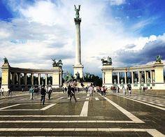 #freedomsquare #herosquare #budapest #hungary #europe #europetravel #travel2016 #traveldiaries #travel #traveller #travellog #travellover #traveladdict #travelblogger #travelista #travelholic #travelhollic #travelogram #instatravel #instapic #instaphoto #instaphotography #pickupandleave #picoftheday #holiday #vacation #wanderlust #wanderer #explorer by insta.globe.traveller