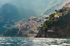 ITALY, POSITANO, AN UNUSUAL VIEW FROM THE SEA, CAMPANIA