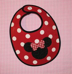 minnie mouse bib