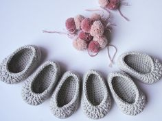 Crochet baby shoes. Mary Jane shoes. Baby girl by maricatimonsina