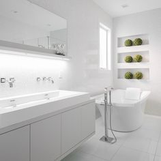 & another view of this beauty. @susanstraussdesign #ssd #interiors #bathroom #decor #interiordesign #love #modern #white #clean #lines #inlove