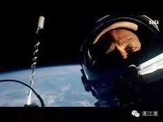 美 國 宇 航 員 巴 茲 ·奧 爾 德 林 可 能 不 是 登 陸 月 球 的 第 一 人, 但 卻 是 有 史 以 來 最 佳 的 自 拍 照。 於 1966年 在 第 一 空 間 站 中 完 成 自 拍。
