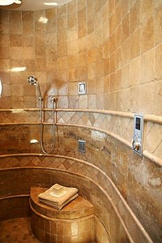 showers and bathrooms | This leading producer of bathroom fixtures offers bath or shower walls ...