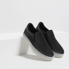 BLACK MESH SNEAKERS-View all | From size 39-SHOES-MAN | ZARA Turkey