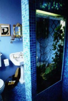 Inspiring 55 Original Aquariums In Home Interiors : 55 Original Aquariums In Home Interiors With White Blue Bathroom Ceramic Wall Wash Basin Mirror Closet Tissue With Big Standing Aquarium Design