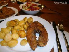Kapor a baklažán s opečenými zemiakmi a miešaným šalátom (fotorecept) - Recept