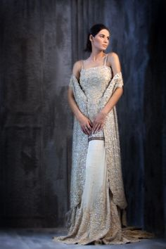 Sana Safinaz Pakistani designer wear