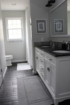 gray bathroom, not big on gray but I oddly enough like this.