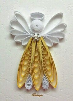 By Pinterzu - Quilling Paper Crafts Paper Quilling Patterns, Origami And Quilling, Quilled Paper Art, Quilling Paper Craft, Quilling Flowers, Paper Flowers, Quilling Christmas, Christmas Crafts, Christmas Ornaments