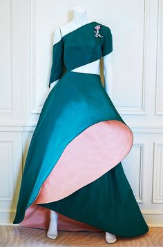 With Met Show, Fame Finally Comes to Charles James - NYTimes.com The James-inspired gown created by Rosie Assoulin for Bergdorf Goodman.