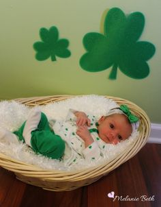 Pinterest is loaded with wonderful photography ideas for all of the holidays. I found several ideas for St. Patrick's Day and Easter to pho...