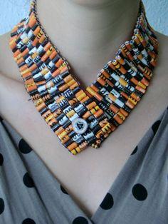 Ketting van theezakjes http://gonnekeprak.wordpress.com/2012/10/18/theezakjes/