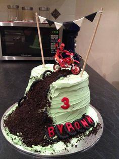 Dirt Bike Racing Cake Dirt bike cakes Bike cakes and Dirt biking