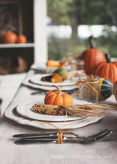 LOVE EVERYthing about this tablescape...