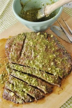Flank Steak with Pesto.made this with skirt steak. I used my Italy pesto recipe and added white wine vinegar and Water. I also 'grilled' the steak in a med-high heat cast iron pan according to the directions of this recipe. Steak Recipes, Cooking Recipes, Healthy Recipes, Game Recipes, Delicious Recipes, Healthy Food, Beef Dishes, Food Dishes, Main Dishes