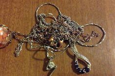 How to unknot tangled chains? Hogyan bogozd ki az összecsomózódott ékszert?